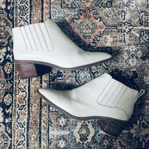 Madewell White Leather Ankle Booties.